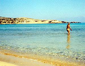 The beach at the Sarakiniko village on Gavdos