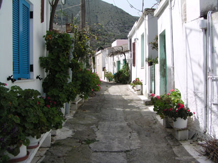 Narrow street in Lastros Village