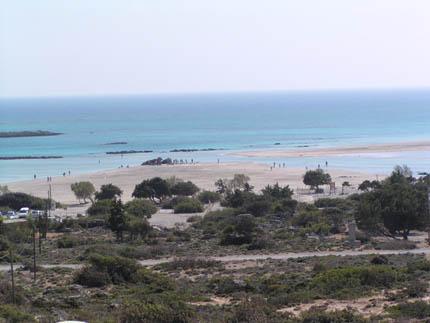Η παραλία στο Ελαφονήσι