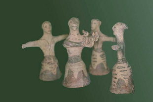 Clay figurines of women dancing, from Peak Sanctuary of Piskokefalo