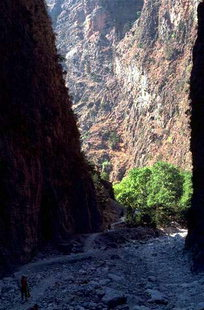 The path through the Samaria Gorge