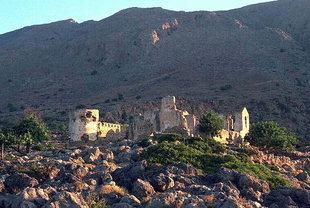 Château turc dans l'Akrotiri Mouros, Loutro