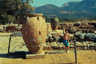 The pithari at the North Entrance, Malia
