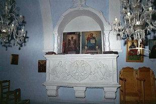 Ο τάφος του Καλλέργη στην εκκλησία της Αγίας Άννας στη Φυλακή, Κουρνάς
