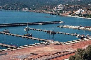 Die Marina von Agios Nikolaos