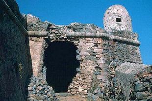 Der Eingang zur venezianischen Festung von Gramvousa