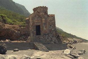 Die byzantische Agios Pavlos-Kirche bei Agia Roumeli
