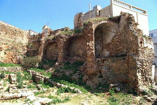 Die Kastelli-Stadtmauer in Odos Kanevaro