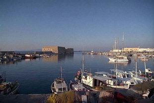 Ο Κούλες και το εσωτερικό λιμάνι, Ηράκλειο