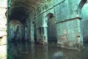 Cisterne romane ad Àptera