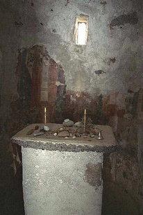 Das Innere der Agios Pavlos-Kirche bei Agia Roumeli