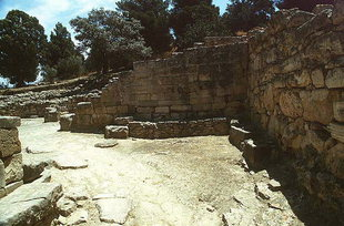 The stairway to the Agora, Agia Triada