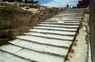 The stairs descending from the Upper Court, Festos