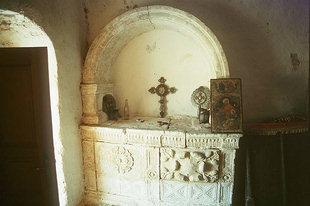 Das Grab in der Kirche Agios Ioannis und Agia Triada