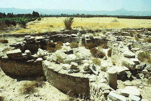 Die Überreste der Basilika mit den vier Konchen in Gortyn