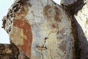 Verblaßte Fresken in den Ruinen der Agia Varvara-Kirche aus dem 15. Jhdt., Latsina