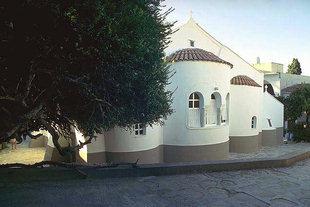 L'église à trois nefs du Monastère de Palianis