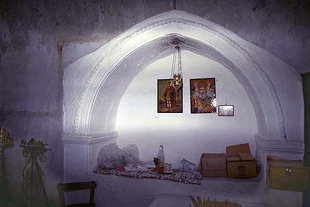 The tomb in the Panagia Church,  Kamariotis