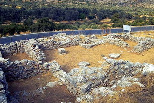The Minoan villa in  Sklavokambos