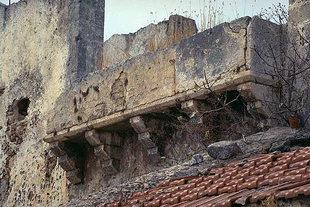 Un détail (le balcon) d'une construction Vénitienne à Sternes