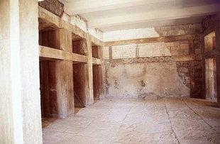La Salle des Doubles Haches, Knossos