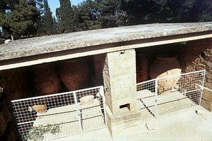 Γιγαντιαίο Πιθάρι, Κνωσός