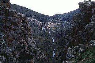 A gorge near Keratokambos