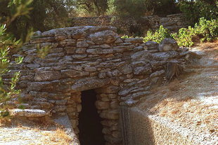 The tholos tomb in Arhanes