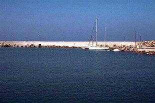 Installations portuaires à Paleohora