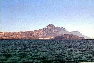 Η Παραλία Μπάλος στην βορεινή άκρη της Χερσονήσου της Γραμβούσας