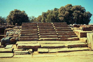 The Grand Staircase, Malia