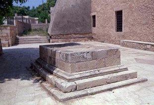 Turkish grave beside the Neratze Mosque, Rethimnon