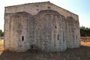 The three-aisled Byzantine basilica of Agios Ioannis, Liliano