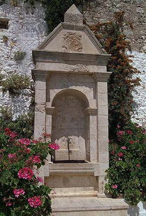 The fountain in the Epanosifi Monastery