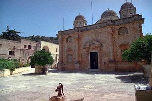 Die Kirche vom Kloster Agia Triada