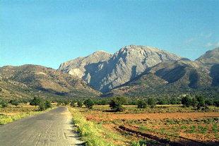 Omalos Plateau and Mount Gigilos