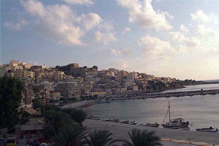 The harbour and the city of Sitia