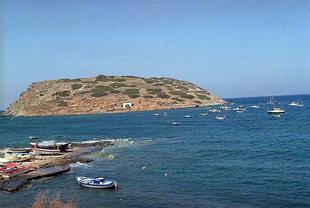 Το νησί και το λιμάνι του Μόχλου