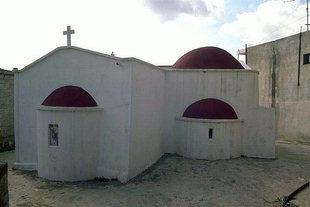 Η εκκλησία της Αγίας Φωτεινής και του Άγιου Σπυρίδωνα  στο Καστέλι Πεδιάδος