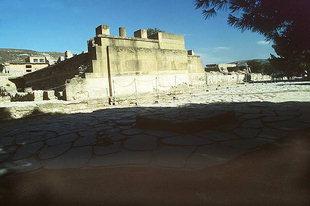 The West Court, Knossos