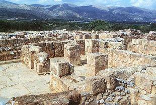Die Pfeilerkrypte, Malia