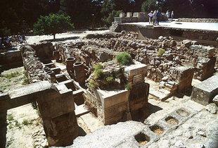 Pithari nei magazzini, Knossos