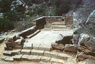 The temple of Asklipios, Lissos