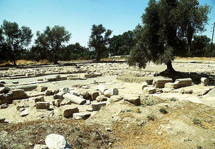 The remains of the important three-aisled basilica in Mitropolis