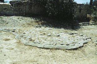 Μινωικοί τάφοι στον Πλάτανο