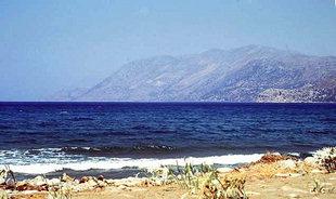La spiaggia di Nopigia nella Baia di Kìssamos