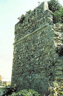 The remains of the Venetian fort in Kastelli