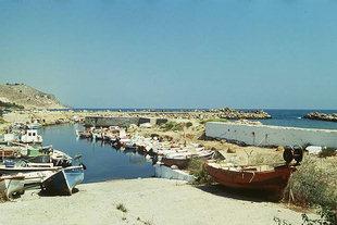 Il piccolo porto turistico e da pesca di Kolimbari