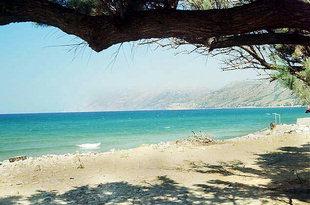 L'interessante spiaggia di Nopigia sulla Baia di Kìssamos