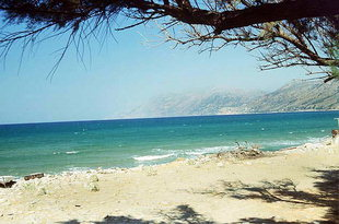 The picturesque beach of Nopigia on Kissamos Bay